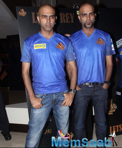 Raghu Ram Posed With His Twins Bro Rajiv Laxman During Chandigarh BCL Press Meet