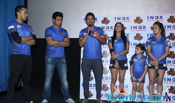 Rannvijay Singh And Others Posed During Chandigarh BCL Press Meet