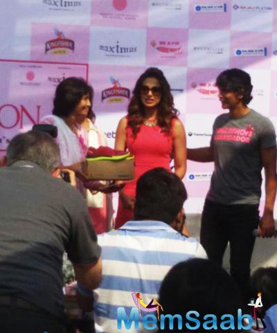 Bipasha Basu With Milind Soman At The Pinkathon 2014 Press Conference