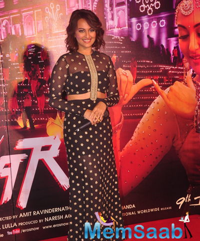 Sonakshi Sinha Pretty Look During Radha Nachegi Song Launch From Tevar