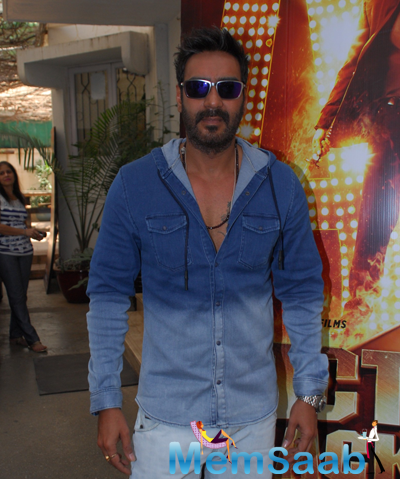 Ajay Devgan Cool Look In Jeans Tee With Goggles During The Launch Of Action Jackson Film Theme Song