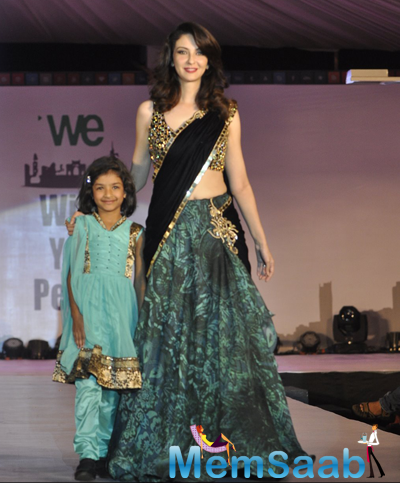 Saumya Tandon Attractive Look On Ramp At The Global Peace Initiative 2014