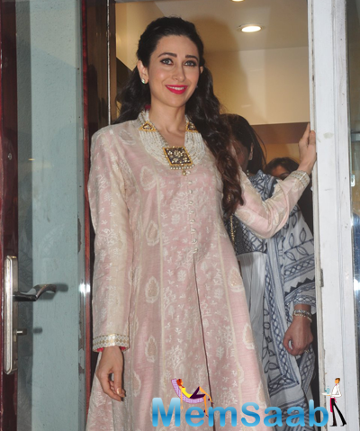 Karisma Kapoor Looks Lovely During The Launch Of Notandas Jewellers Store