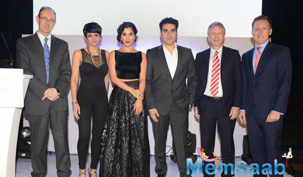 Mandira Bedi,Sophie Choudry,Arbaaz Khan And Others Clicked At British Airways Bash