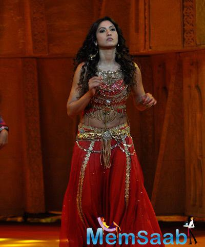 Gauhar Khan Looks Gorgeous In Her Blood Red Lehenga And Choli At Indias Raw Star Show
