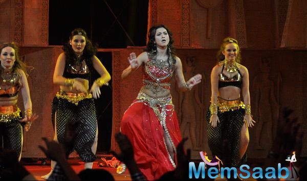 Gauhar Khan Performed During The Grand Finale Of Indias Raw Star