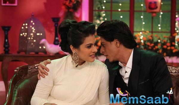 The Evergreen Couple Kajol And Shah Rukh On The Sets Of Comedy Nights With Kapil Reliving The Good Old Days