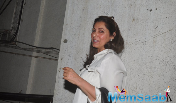 Dimple Kapadia Smiling Look At PVR In Mumbai