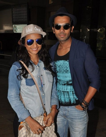 Patralekha And Rajkummar Rao Snapped At Airport