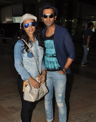 Patralekha And Rajkummar Rao Strike A Pose For Shutterbugs At Mumbai Airport
