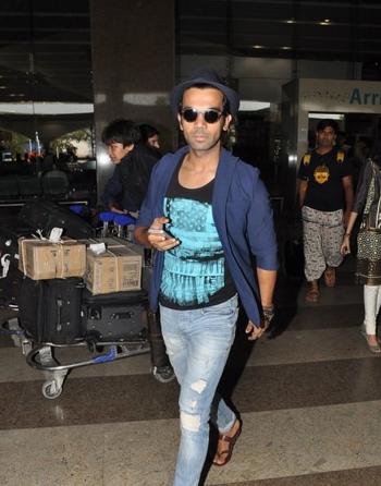 Rajkummar Rao Cool Casual Look At Mumbai Airport