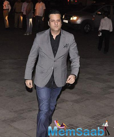 Fardeen Khan In Grey Suit Dappers Look During The Camel Colour Painting Exhibition 2014