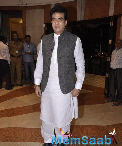 Jeetendra Traditional Look During The Camel Colour Painting Exhibition 2014