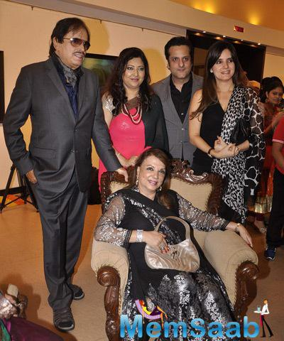 Sanjay Khan And Family Posed The Camel Colour Painting Exhibition 2014