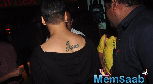 Akshay's New Tattoo Design Of His Son Aaray's Name On His Back