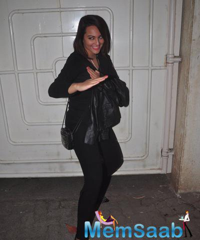 Sonakshi Doing An Action Pose For The Screening Of Action Jackson