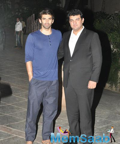 Aditya Roy Kapur Posed With Big Bro Siddharth Roy Kapur At Ranbir Kapoor House