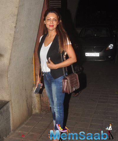 Gauri Khan Add A Glamour Look During Manish's Birthday Bash