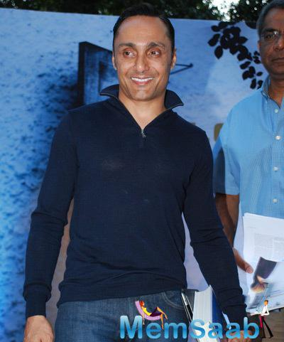 Rahul Bose Wore A Blue T-Shirt And Jeans At Times Litfest 2014