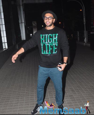 Ranveer Singh Looks Casual In Black T Shirt And Blue Jeans