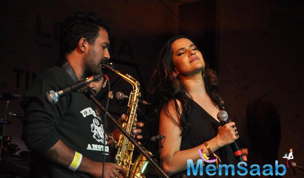 Ram Sampath And Sona Mohapatra Performs During Times Litfest 2014