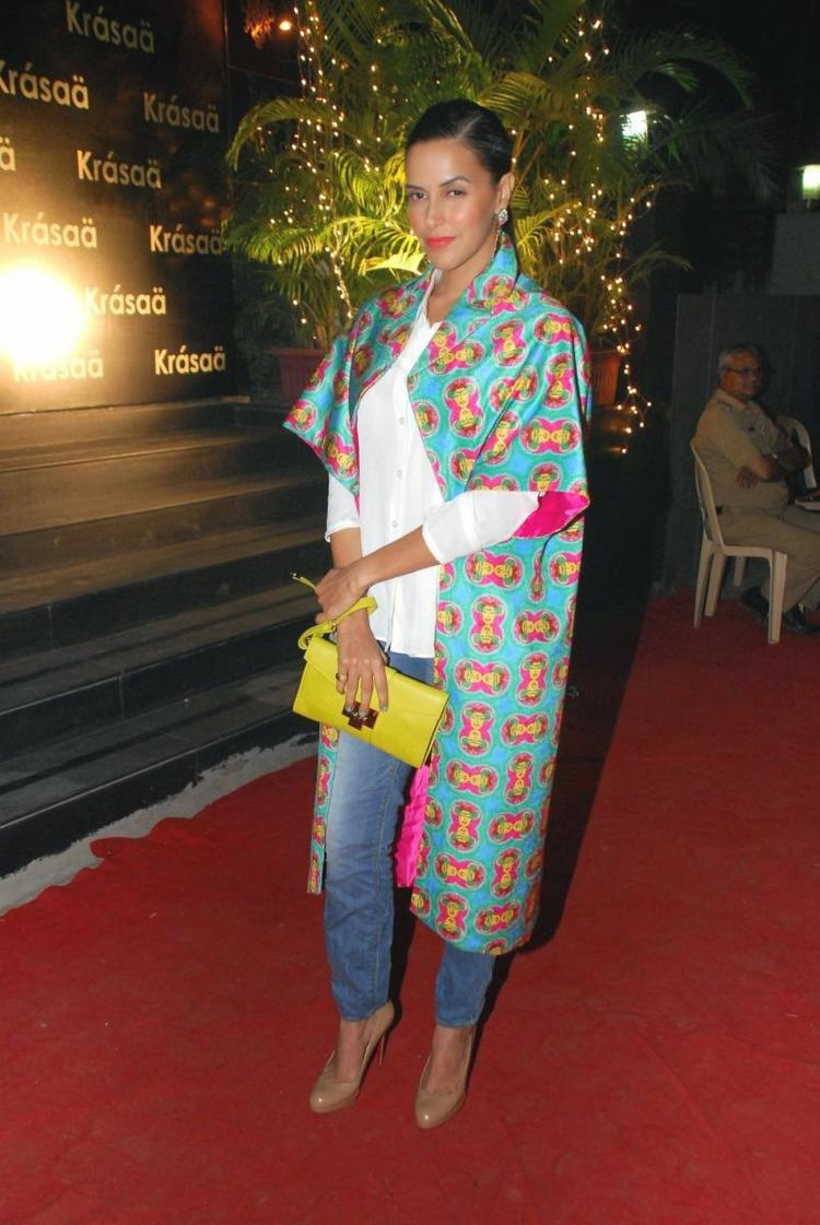 Neha Dhupia Nice Pose On Red Carpet During The Launch Of Vikram Phadnis Fashion Store Krasaa