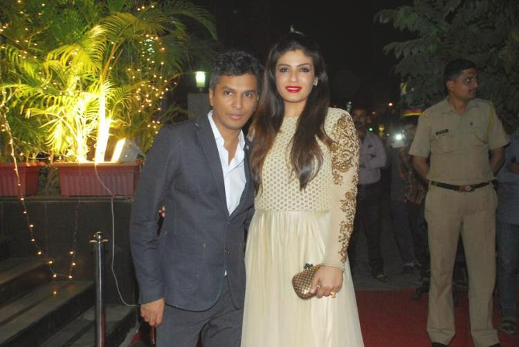 Vikram Phadnis Cool Pose With Raveena Tandon At Vikram Phadnis New Fashion Store Krasaa Launch Event