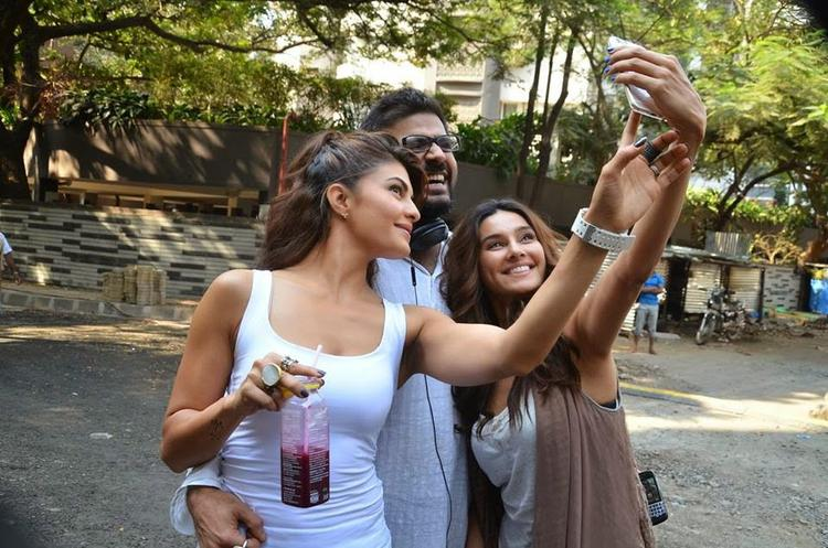 Jacqueline Strikes A Selfie With Her Movie Roy Team