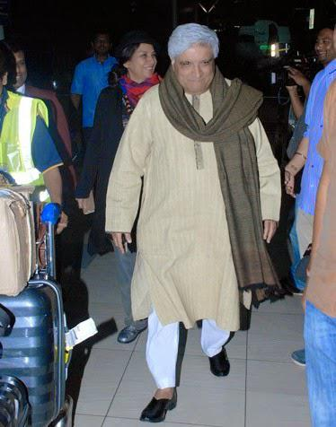 Javed Akhtar and Shabana Azmi Clicked At The Mumbai Airport On Monday