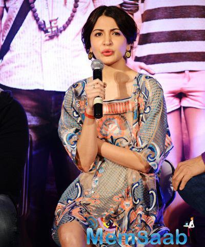 Anushka Sharma Spoke Few Words To Media During The PK Movie Press Meet