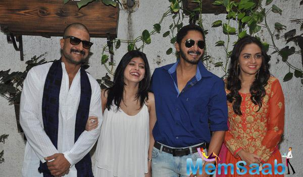 Jitendra,Deepti,Shreyas And Amruta Pose For Shutterbugs At The Trailer Launch Of Baji