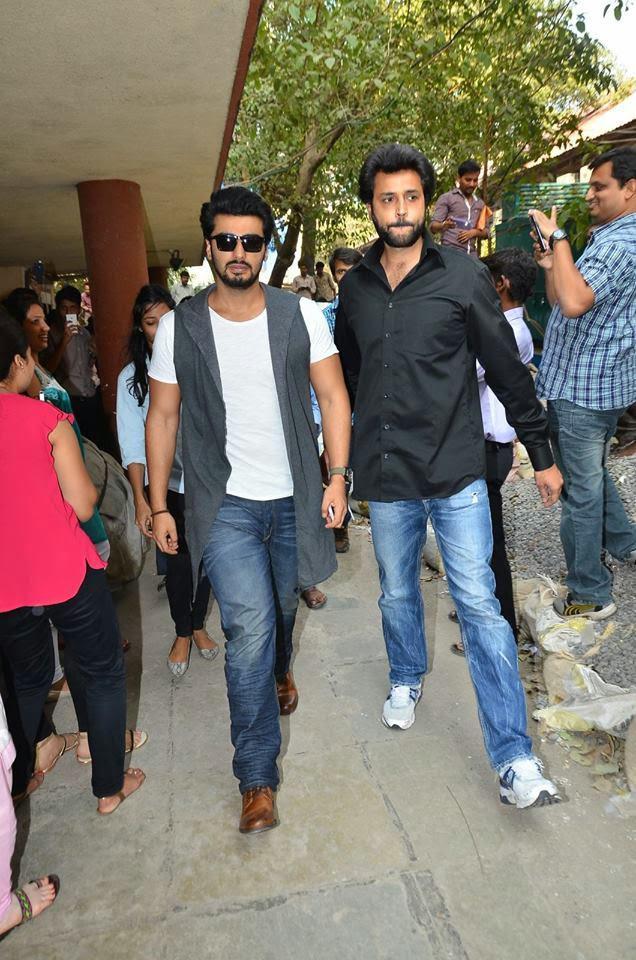 Arjun Kapoor Snapped At 93.5 FM For Tevar Promotion