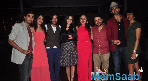 Shibani Kashyap,Mohit Sehgal,Sanaya Irani,Akshay Dogra And Others Clicked At Main Aur Mr. Riight Movie Bash