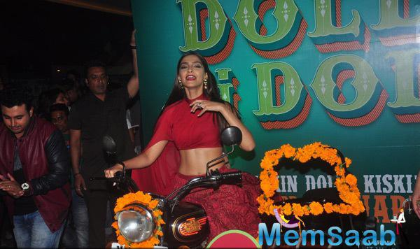 Sonam Kapoor Posed In Bike During The Trailer Launch Of Dolly Ki Doli