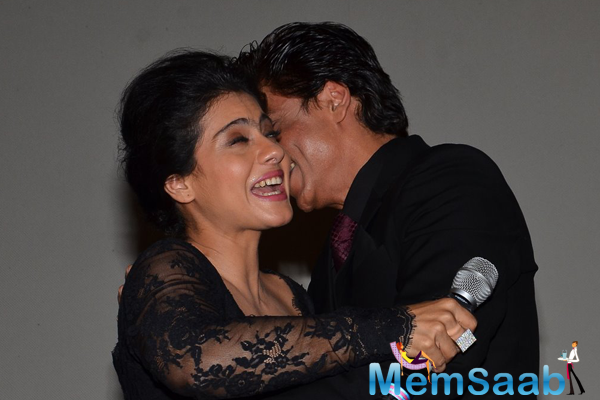 Shahrukh And Kajol Celebrates DDLJ 1000 Successful Weeks