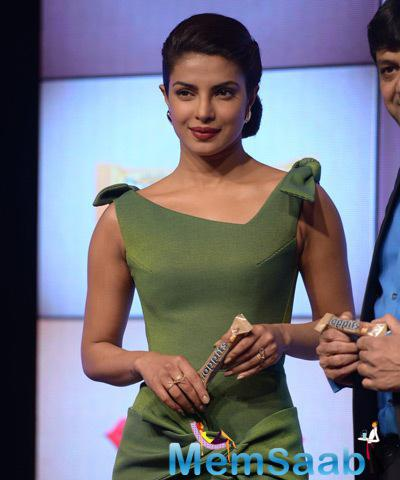 Priyanka Looks Elegant During Rajhans Nutriments Hoppit Chocolate Launch