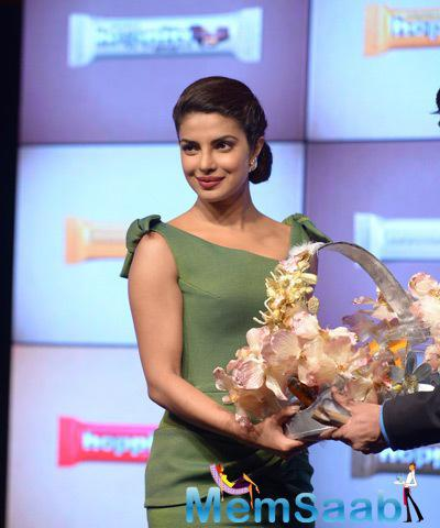 Rajhans Nutriments Gave A Warm Welcome To Priyanka Chopra With Flower Bouquet