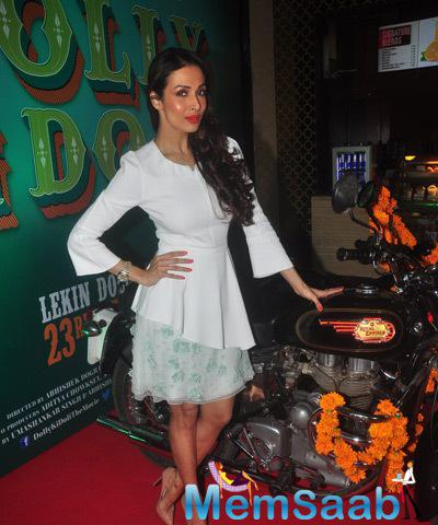 Malaika Arora Khan Appeared In Andrew Gn Resort 15 At The Trailer Launch
