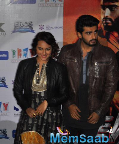 Arjun Kapoor And Sonakshi Sinha PromotesTevar In Jaipur