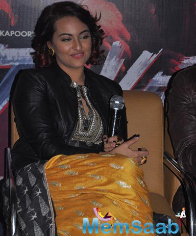 Sonakshi Sinha Spotted To Promote Movie Tevar In Jaipur