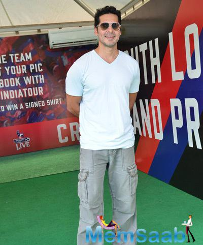 Dino Morea Cool Pose At Barclays Premiere League 2014 Event