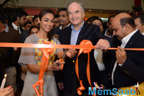 Ileana D'Cruz Inaugurate The Footwear Store In GIP Mall At Noida