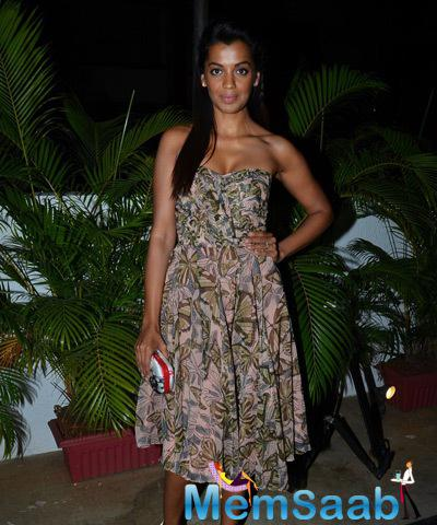 Mugdha Godse In Strapless Dress Hot Look At The Launch Of Rajat Tangri New Dress Collection