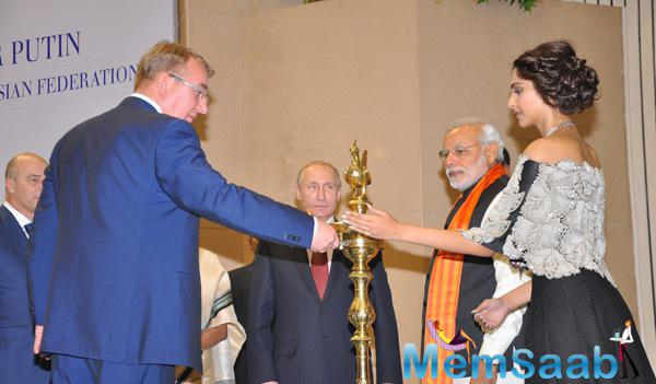 Russian President Vladimir Putin,Indian PM Narendra Modi And Sonam Kapoor At World Diamond Conference 2014