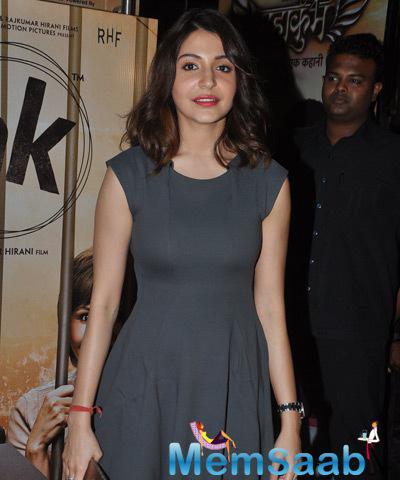 Anushka Sharma Looks Elegant During PK Special Screening