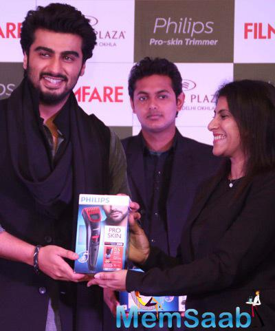 Arjun Kapoor Unveils The Latest Cover Issue Of Filmfare December 2014