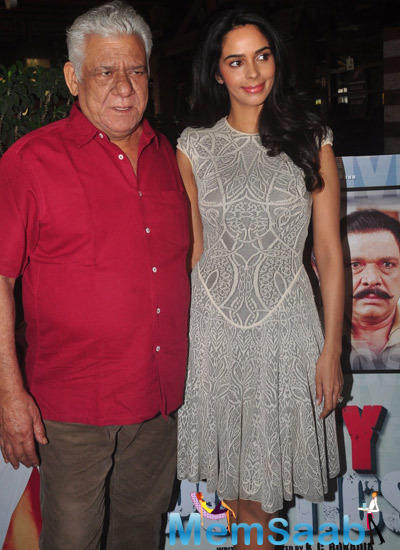 Mallika And Om Puri Clicked During The Dirty Politics Promotion