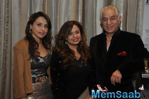 Vandana Sajnani And Dalip Tahil Clicked For Camera At KS Maxim Girl Contest 2014