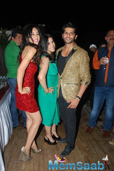 Teejay Sidhu,Ekta Kapoor And Karanvir Bohra Cool Pose At Karanveer Bohra House Warming Party