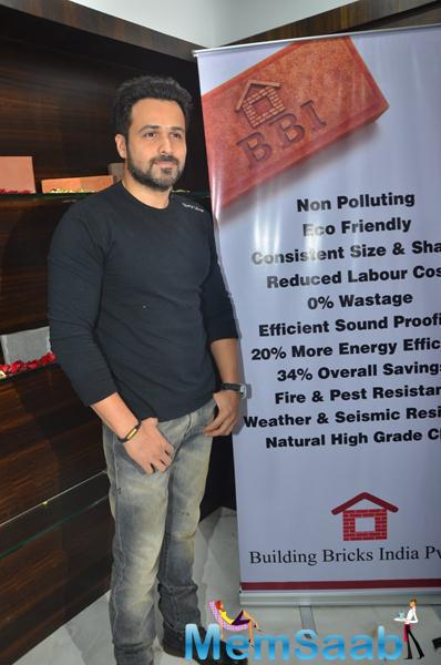 Emraan Hashmi Stunning Look During The Launch Of Building Bricks Store